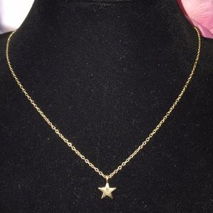 New star necklace in gold color